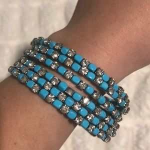 💎 NWT AUTHENTIC SWAROVSKI CRYSTAL BANGLE